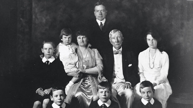 The secret that makes the American billionaire family rich for 170 generations still does not decline 2