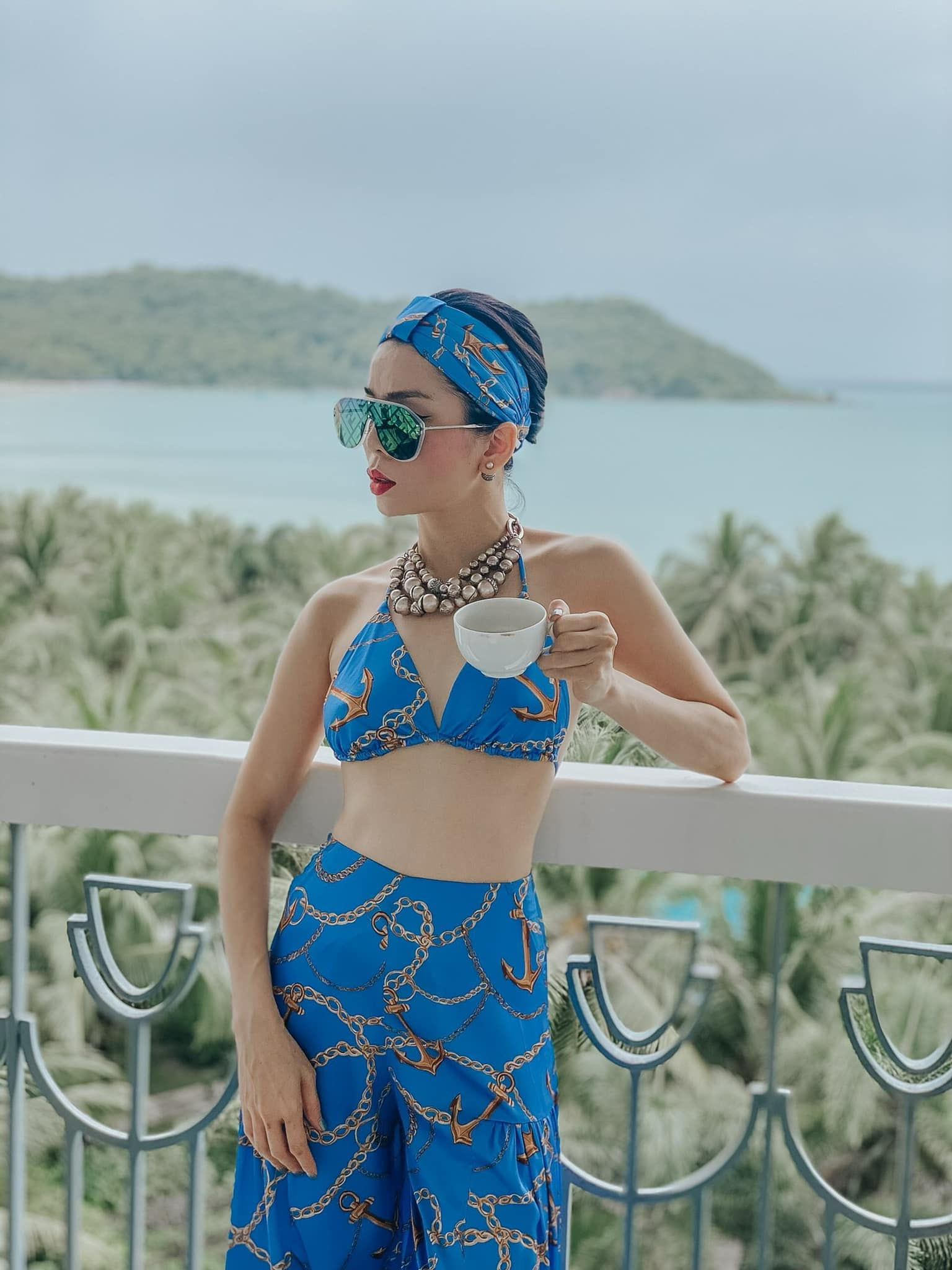 Le Quyen responded sharply when being mocked 'shameless' showing off her body at the age of U40 6