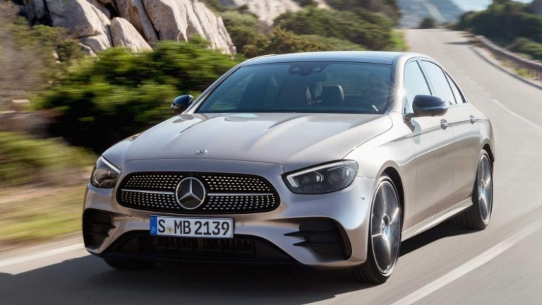 Auto5 offers a selection of 'best luxury sedans' 3