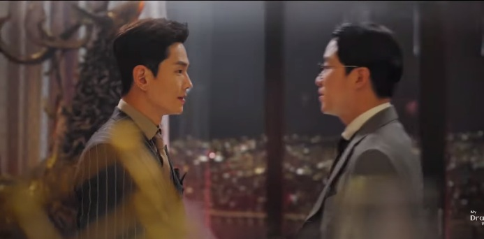 Penthouse 3 - High-class war 3 episode 3 preview: Doubts about Oh Yoon Hee turn the face of 'big sister' Shim Su Ryeon 2
