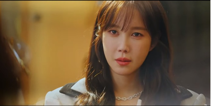 Penthouse 3 - High-class war 3 episode 3 preview: Doubts about Oh Yoon Hee turn the face of 'big sister' Shim Su Ryeon 5