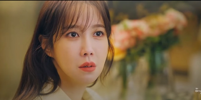 Penthouse 3 - High-class war 3 episode 3 preview: Doubts about Oh Yoon Hee turn the face of 'big sister' Shim Su Ryeon 7
