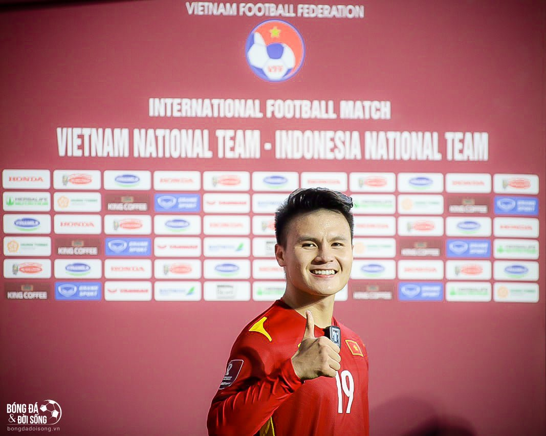 Predicting the Vietnam - Malaysia squad: Suddenly the name replaced Quang Hai, the 'fierce god' Cong Phuong kicked the main stone 2