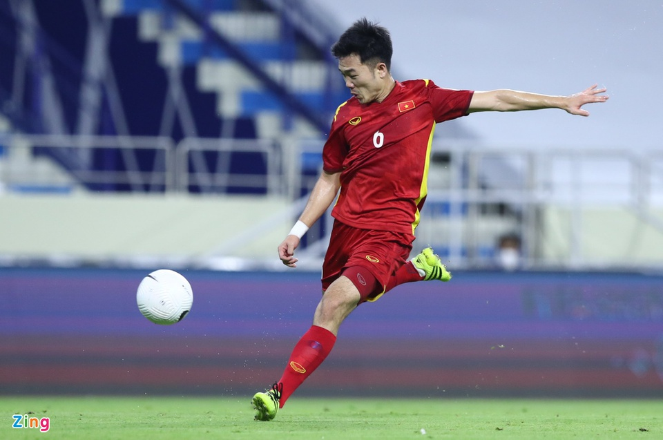Predicting the Vietnam - Malaysia squad: Suddenly the name replaced Quang Hai, the 'evil god' Cong Phuong kicked the main 3