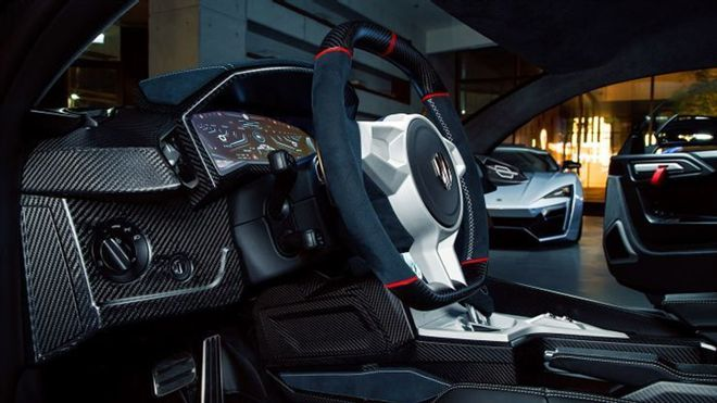 Check out the 5 sports car models with the best interiors in the past 2 decades 3