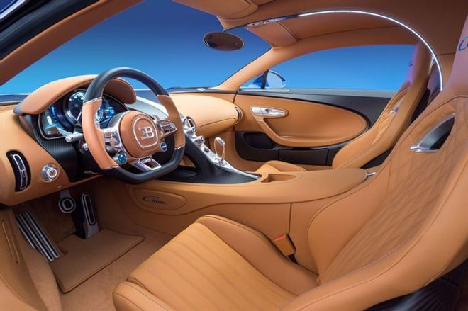 Check out the top 5 sports car models with the most beautiful interiors in the past 2 decades 4