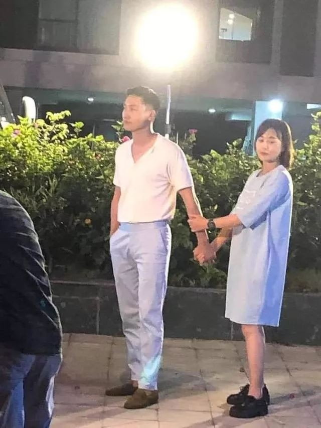 The upcoming image of 'Flavor of friendship': Long and Nam become more and more emotional, Mr. Sinh received his child in tears 4