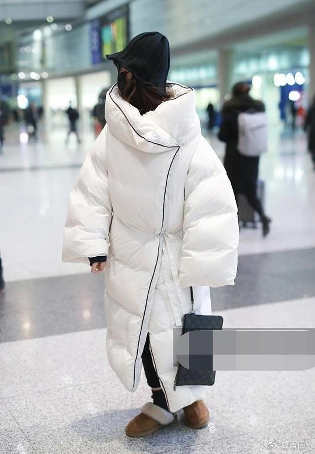 Cbiz's airport fashion colors: From bad 'fog' to bad words can't describe 13