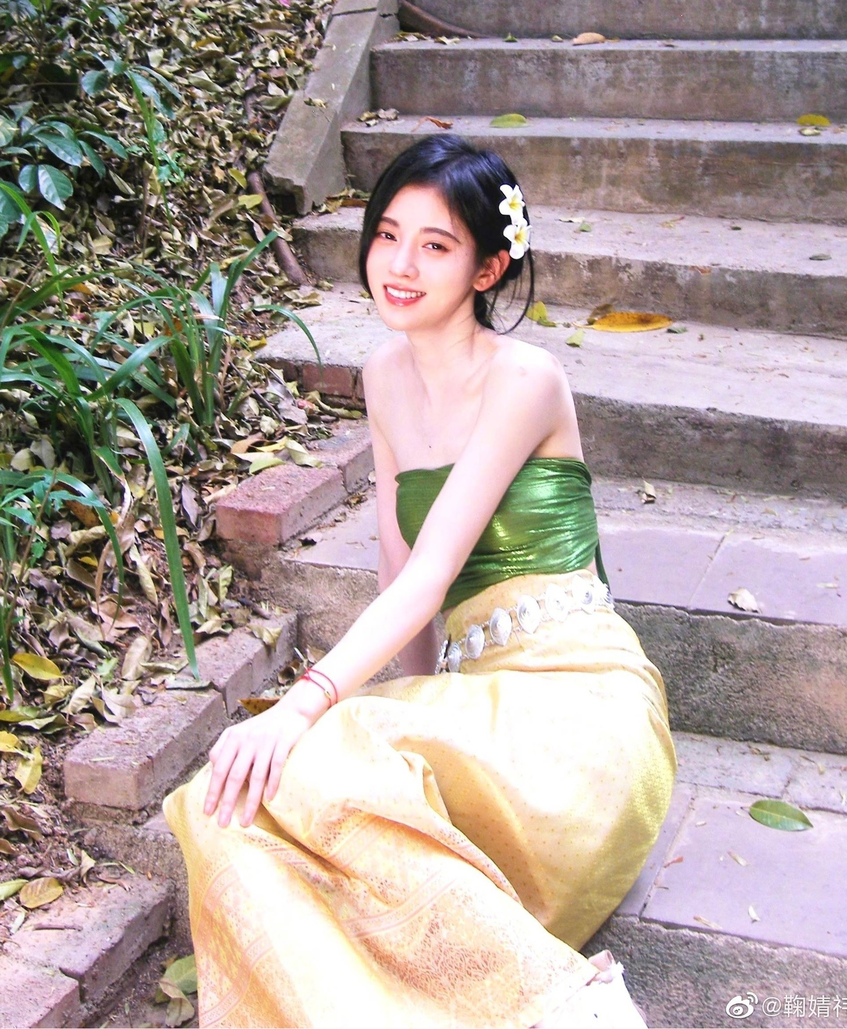 Removed 7749 layers of makeup, is Cuc Tinh Y's beauty still worthy of '4000-year beauty'?  5