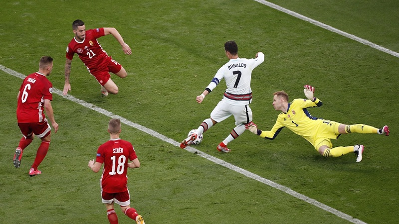 Hungary - Portugal: Ronaldo scored twice, creating a series of records in the opening match of EURO 2