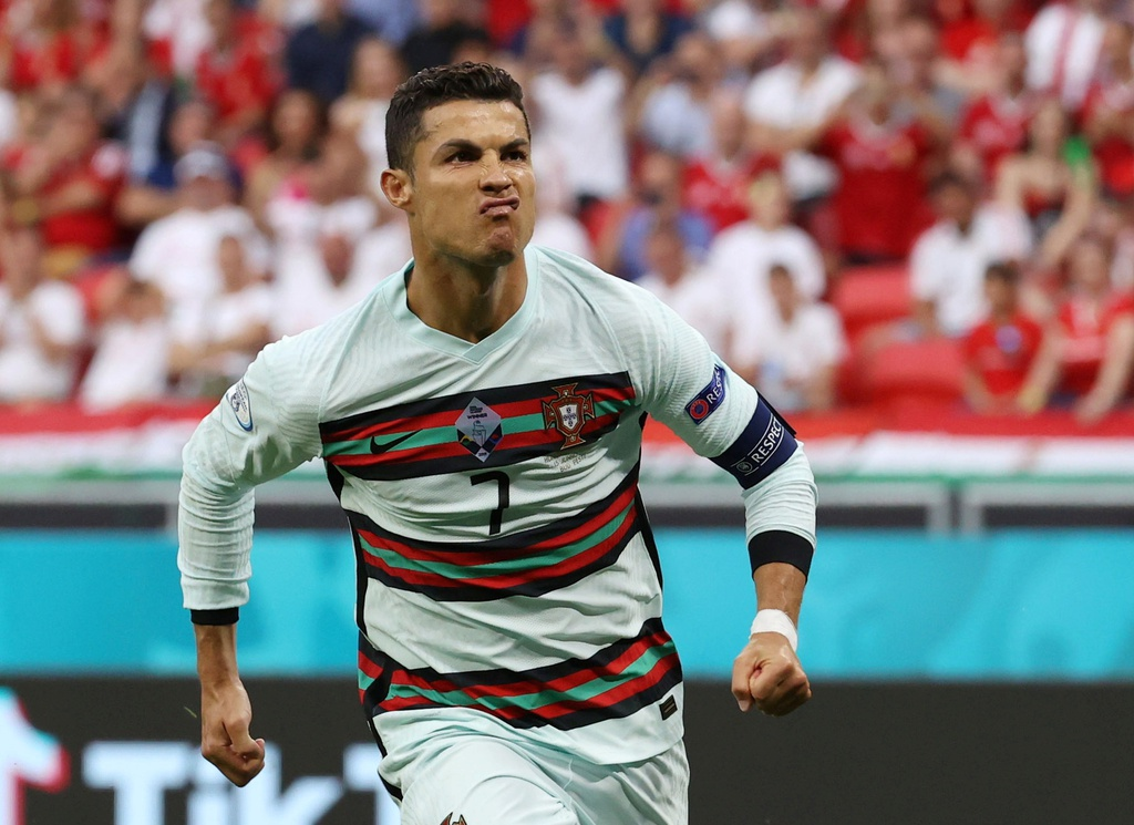 Hungary - Portugal: Ronaldo scored twice, creating a series of records in the opening match of EURO 3
