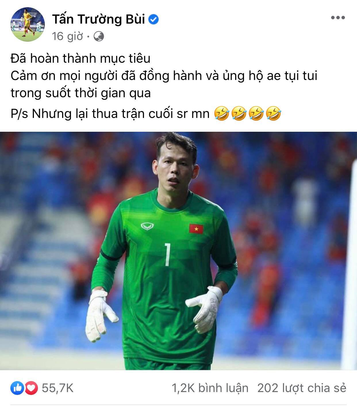 Goalkeeper Tan Truong performed excellently in this round, but he still apologized to the fans for losing the last match.