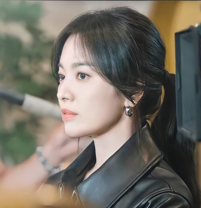 Song Hye Kyo 'beloved' with young love after divorce Song Joong Ki 4