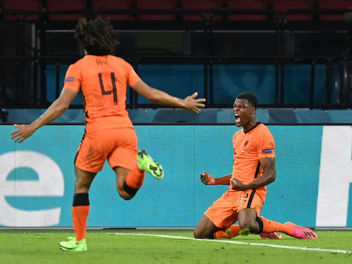 Comment on the match Netherlands vs Austria, 02h00 on 18/06 2