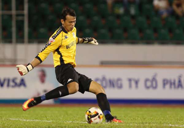 Little known things about goalkeeper Tan Truong: Being disciplined for going to a swordplay movie, caught 4 defeats 29 goals 6