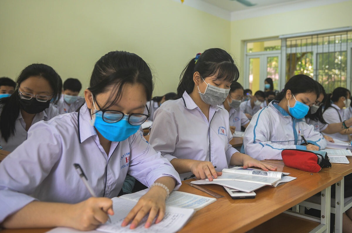 Answers to the 10th grade entrance exam in Thai Binh province 2021 1