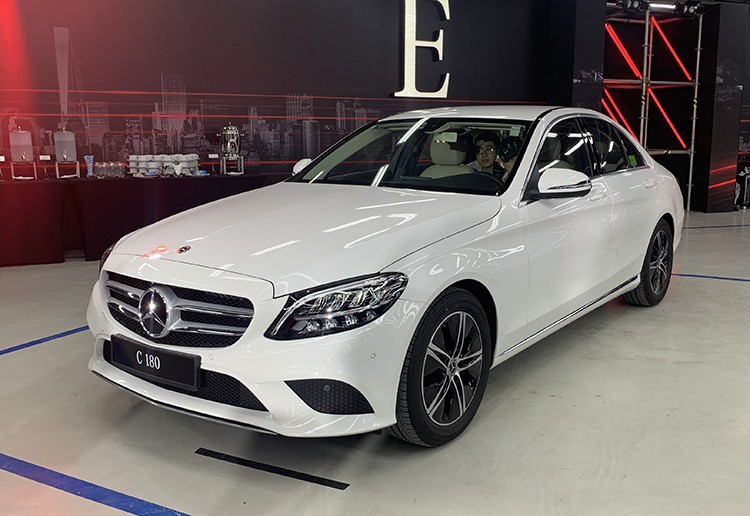 Buying a Mercedes is expensive, raising a Mercedes is equally scary 1