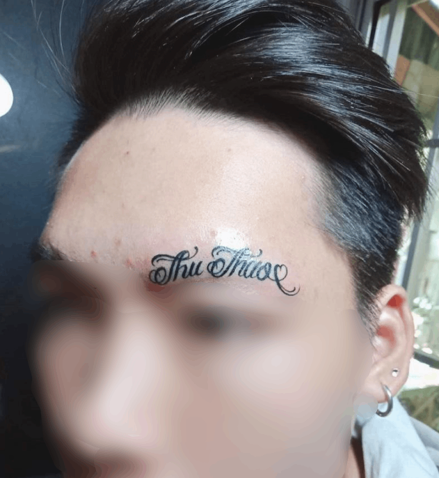 Young people carve the name of their lover on their eyebrows, netizens are bored: 'Youth has not experienced life'