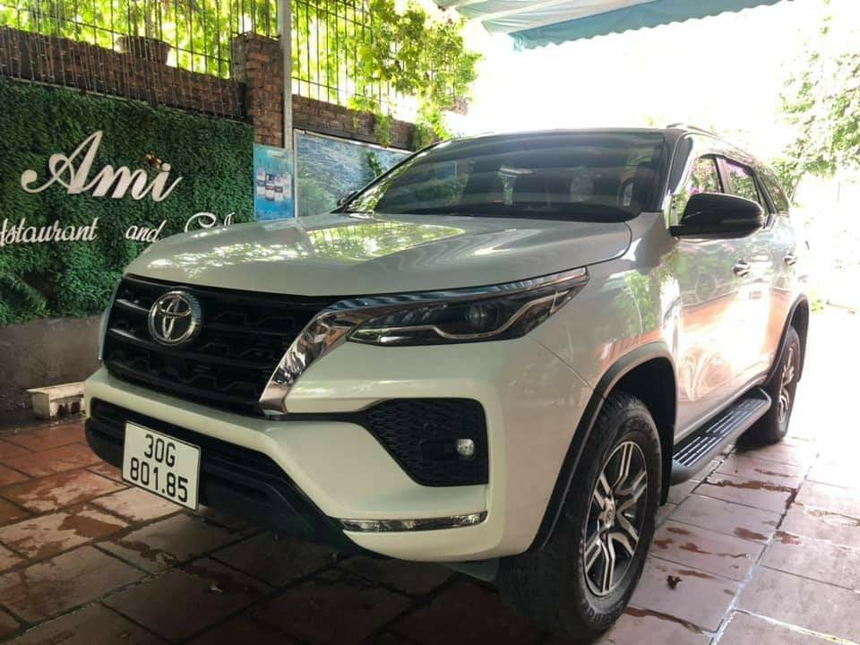 A series of genuine SUVs are having to sell at a loss in the used car market: Buyers benefit from several hundred million dong 4