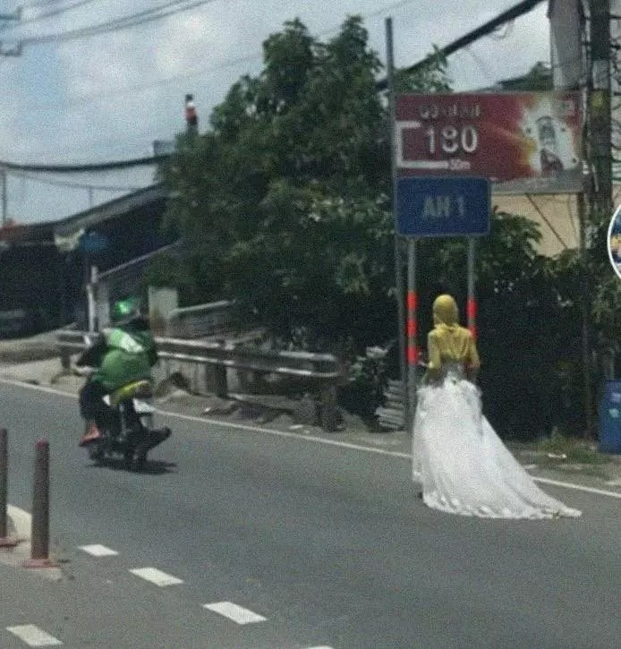 The mystery of the 'bride' wandering around in Phan Thiet, the truth makes netizens fall back 1