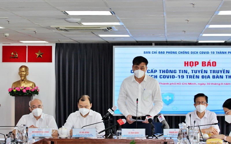 Since September 30, Ho Chi Minh City officially eased, 8 activities 'opened up' again 1