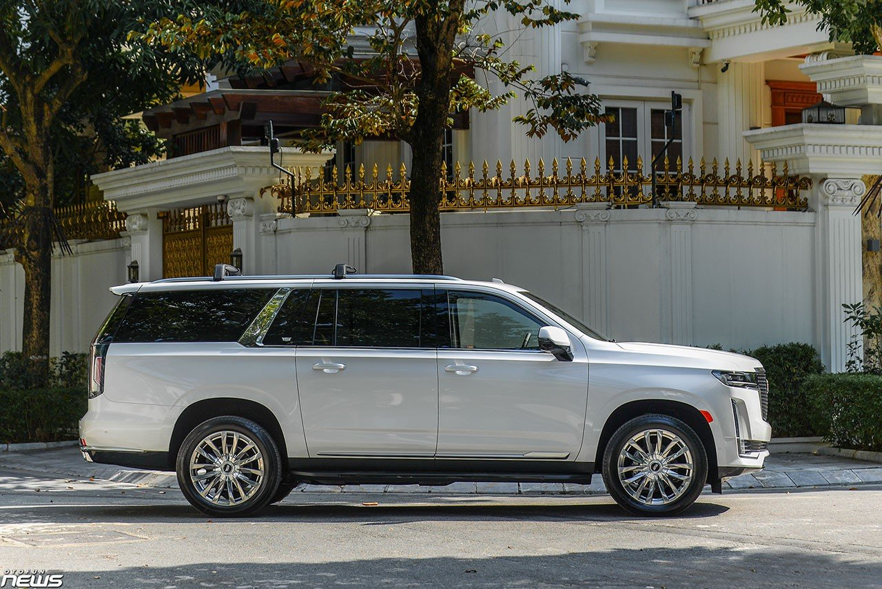 Details of Cadillac Escalade ESV 'dinosaur' have returned to Vietnam: luxury SUVs are popular with giants 3