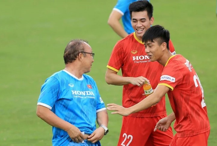 Vietnam vs China: Coach Park Hang Seo divides the opposing team to close the squad 2