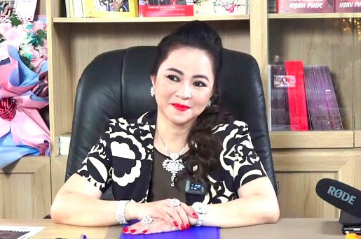 How are the 3 cases related to Phuong Hang's 'legal battle'?  5