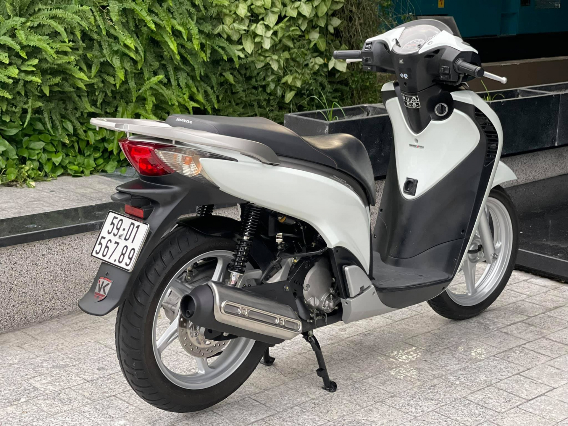 Old Honda SH 150i for sale for 1 billion dong, the car found a new owner after only 4 days 6