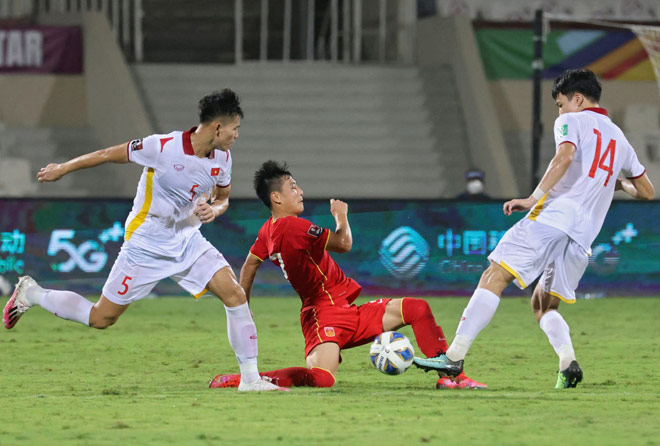 Losing on a winning streak against China, the Vietnamese team was encouraged by Thai fans 3