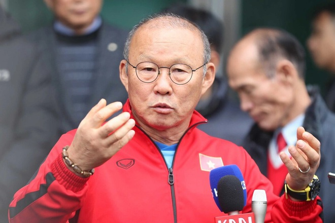 The Chinese coach received an ultimatum about the 'death sentence' right before the time of the Vietnam Tel 2 match