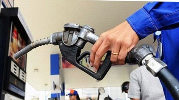 At 3pm this afternoon, the price of gasoline rose sharply, unable to return to the highest peak in the past 7 years 1