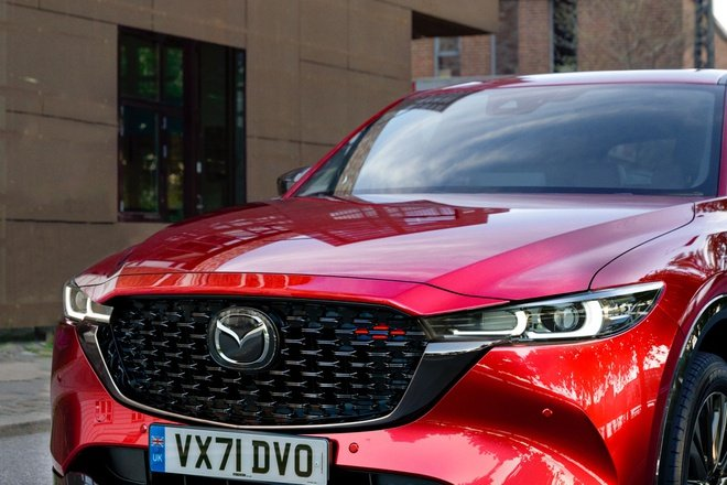 Mazda CX-5 2022 finalizes the official selling price, Vietnamese customers wait for the car to return home 2