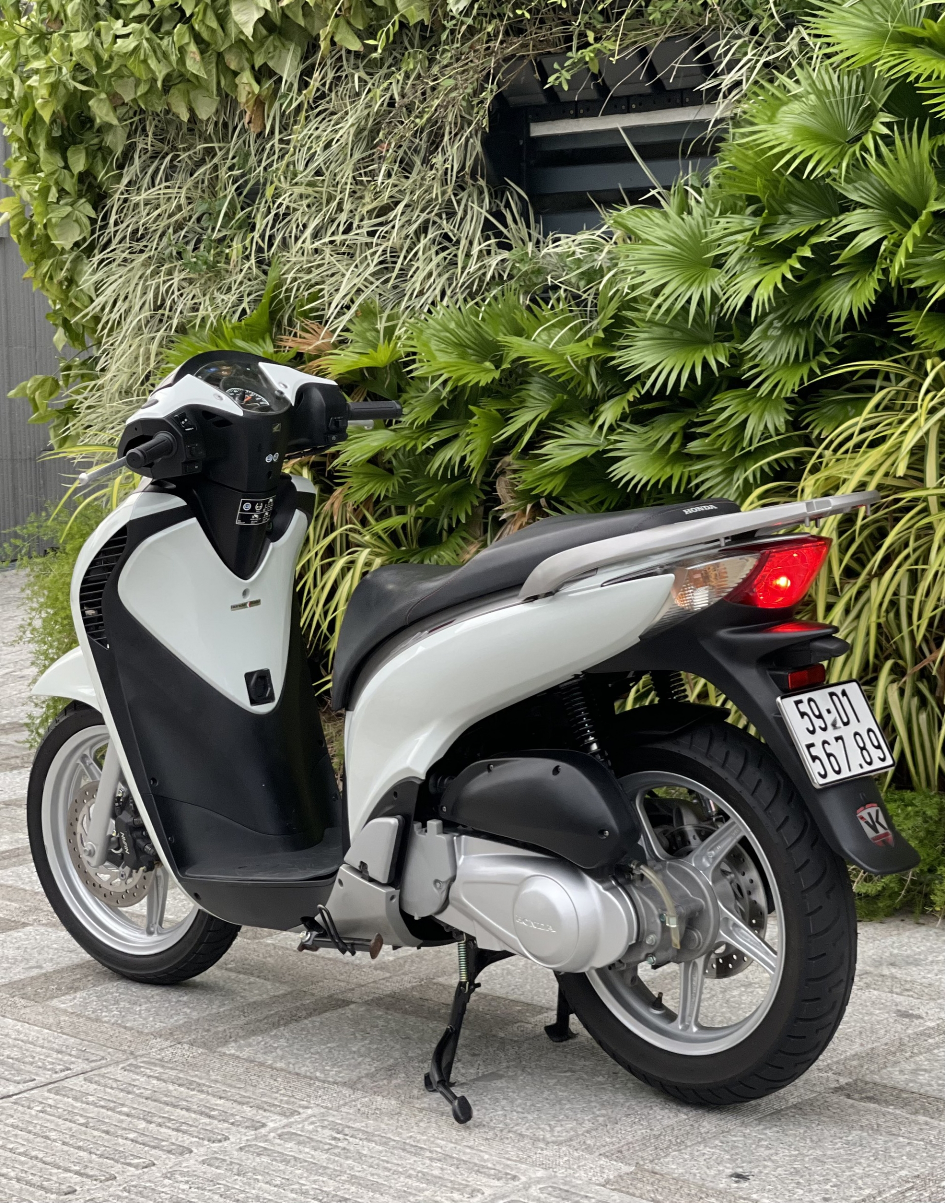 Old Honda SH 150i for sale for 1 billion, the car found a new owner after only 4 days 4