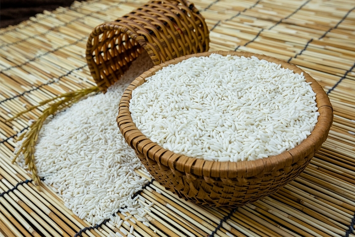 Rice prices today 4/10: A sharp drop in the first session of week 1