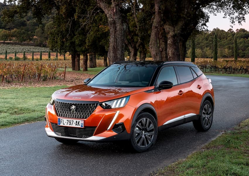 The 4 most fuel-efficient SUV/Crossover options in 2021 are available on the domestic market 1